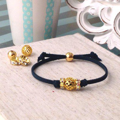 Knotted Charm Bracelet Tutorial
