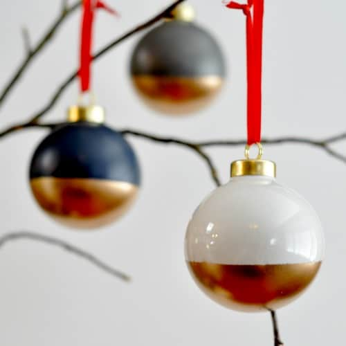 15 DIY Christmas Ornaments you  can make in 5 minutes