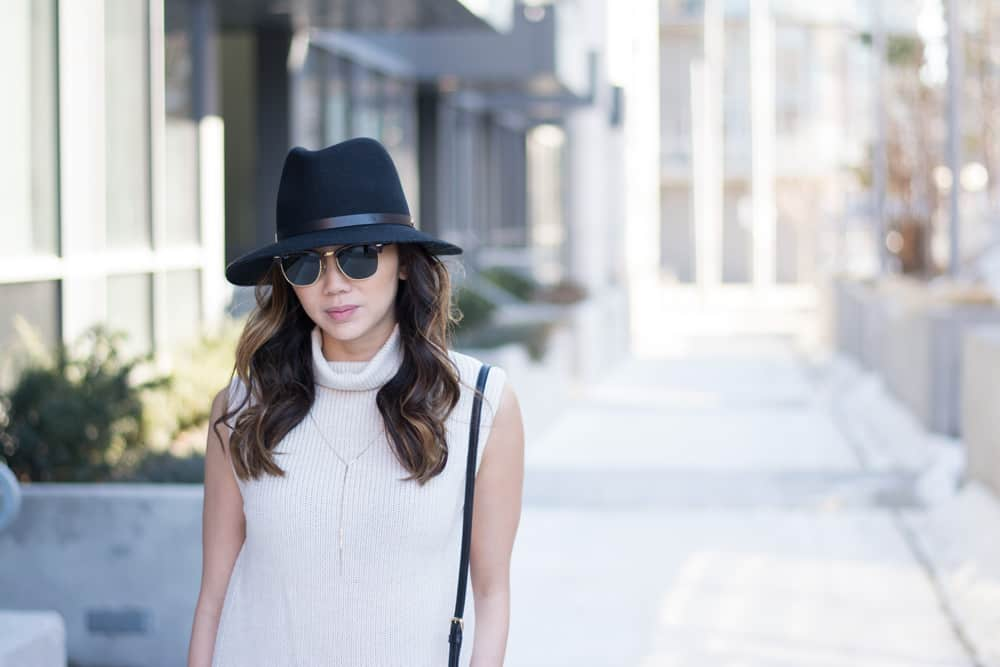 Street style with rag and bone hat, and ray ban sungalsses