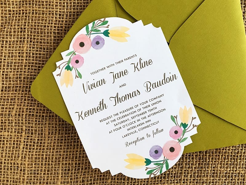 FREE template and download! Step by step instructions for DIY wedding invitation. Pretty watercolor flower wedding invitation.