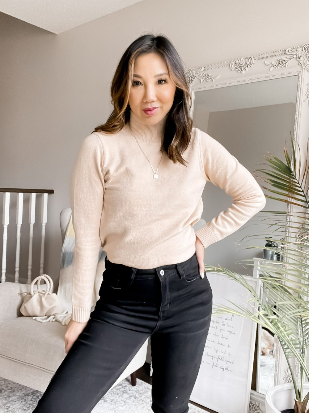 There's something so chic about a turtleneck sweater. It's beautiful to wear alone, but also great a great wardrobe staple for layering with other pieces.