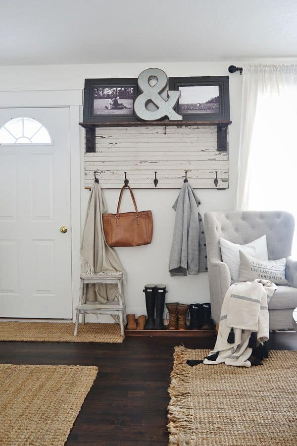 Doorway entrance decor - Getting ready for fall