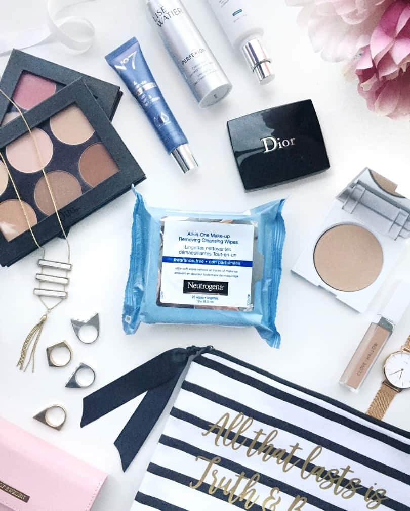 Sleeping in your makeup is a sin for your skin! Removing your makeup before bed is so important and Neutrogena makes it easy for you!