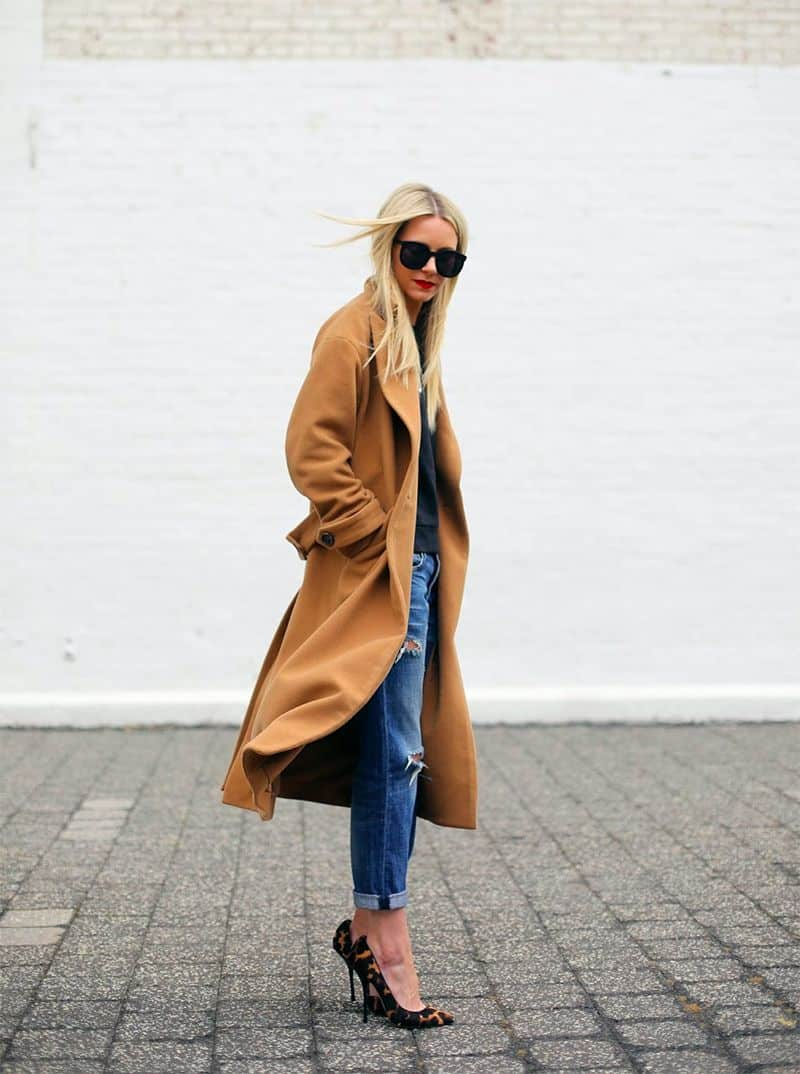 Love this camel coat so much! Streetstyle look from Atlantic Pacific