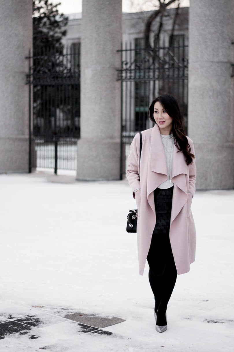 Ever since the massive millennial pink trend took off last year, I've been adding pink pieces to my wardrobe. This pink coat is my latest addition.
