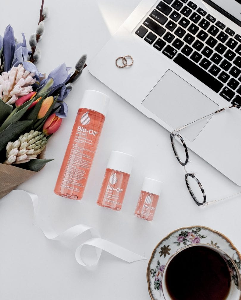 Bio-Oil uses for your face and skin - beauty post by Eileen Lazazzera of YesMissy