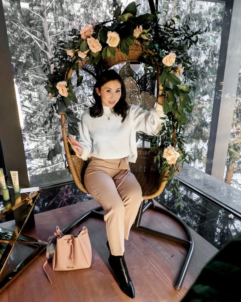 OOTD: White sweater and pink pants - Beauty Blogger YesMissy at Aveeno/Neutrogena Event