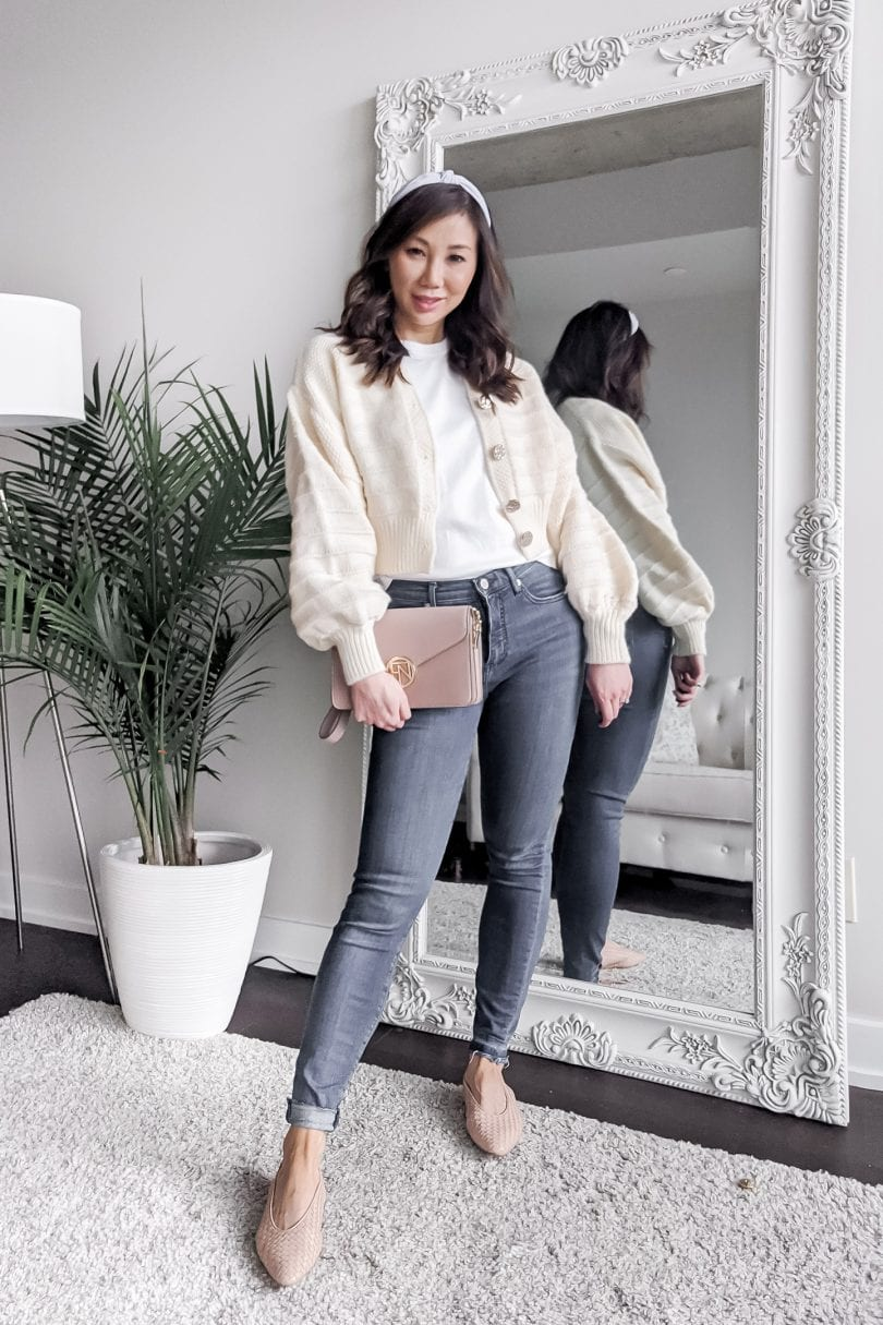 How to dress up a shirt and jeans for work from home - add a cute cardy and some flats - www.yesmissy.com