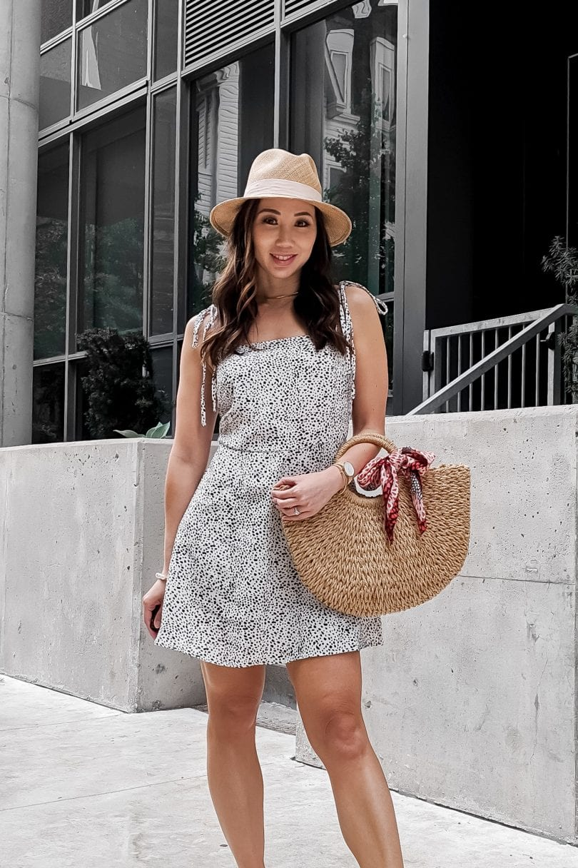 Summer outfit ideas: casual summer dress styled by Eileen Lazazzera of YesMissy.com