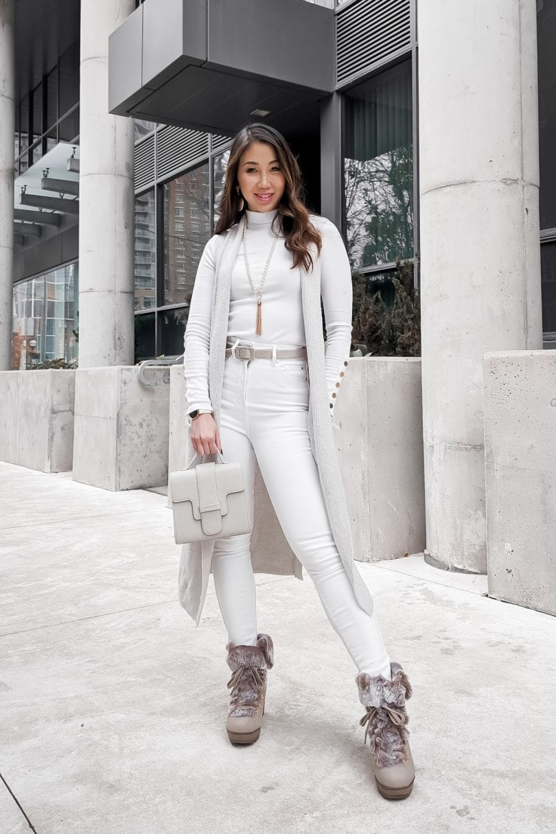 All white Winter outfit ideas with best winter boots for Women.