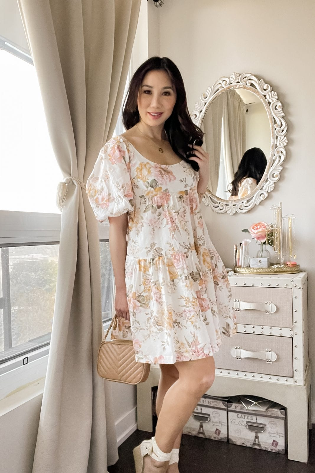 3 summer dresses from Ever New - This flowy babydoll dress is the perfect casual dress to wear on those hot summer days. With a darling floral print and a cute puff sleeves it takes weekend casual to the level. Styled by Eileen Lazazzera of yesmissy.com