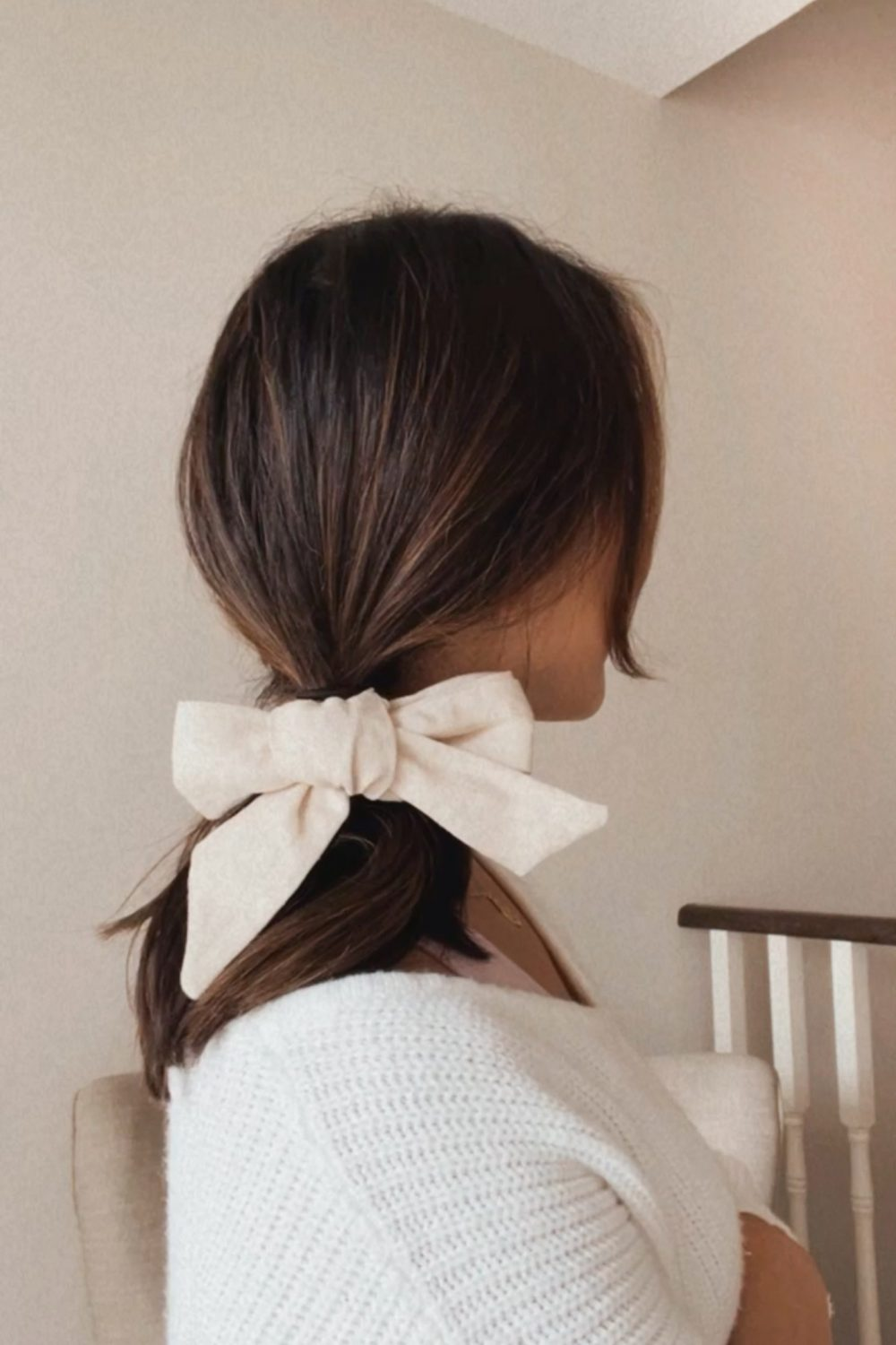 Upgrade your pony tail with a cute linen hair bow.